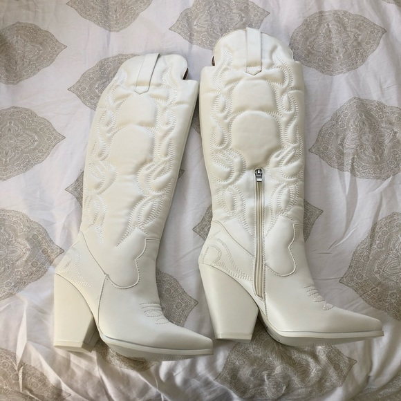 Nib Tall White Cowgirl Boots